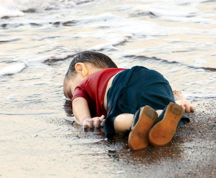 turchia-bambino-siriano-annegato-4