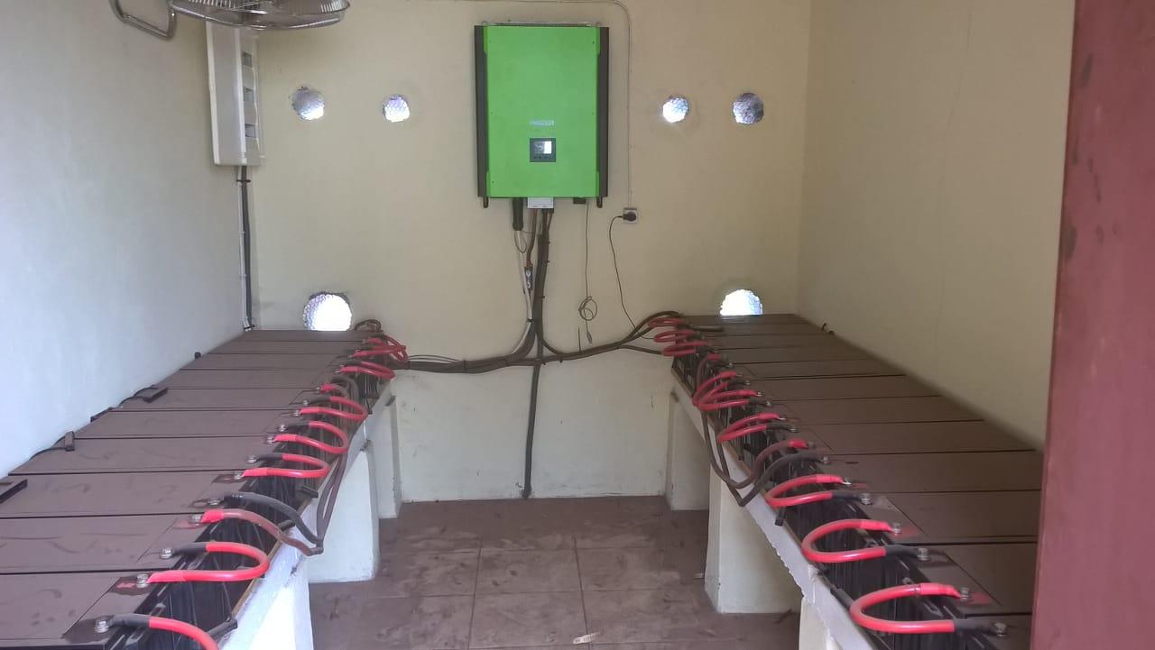 magazzino-batterie-impianto-fotovoltaico_2